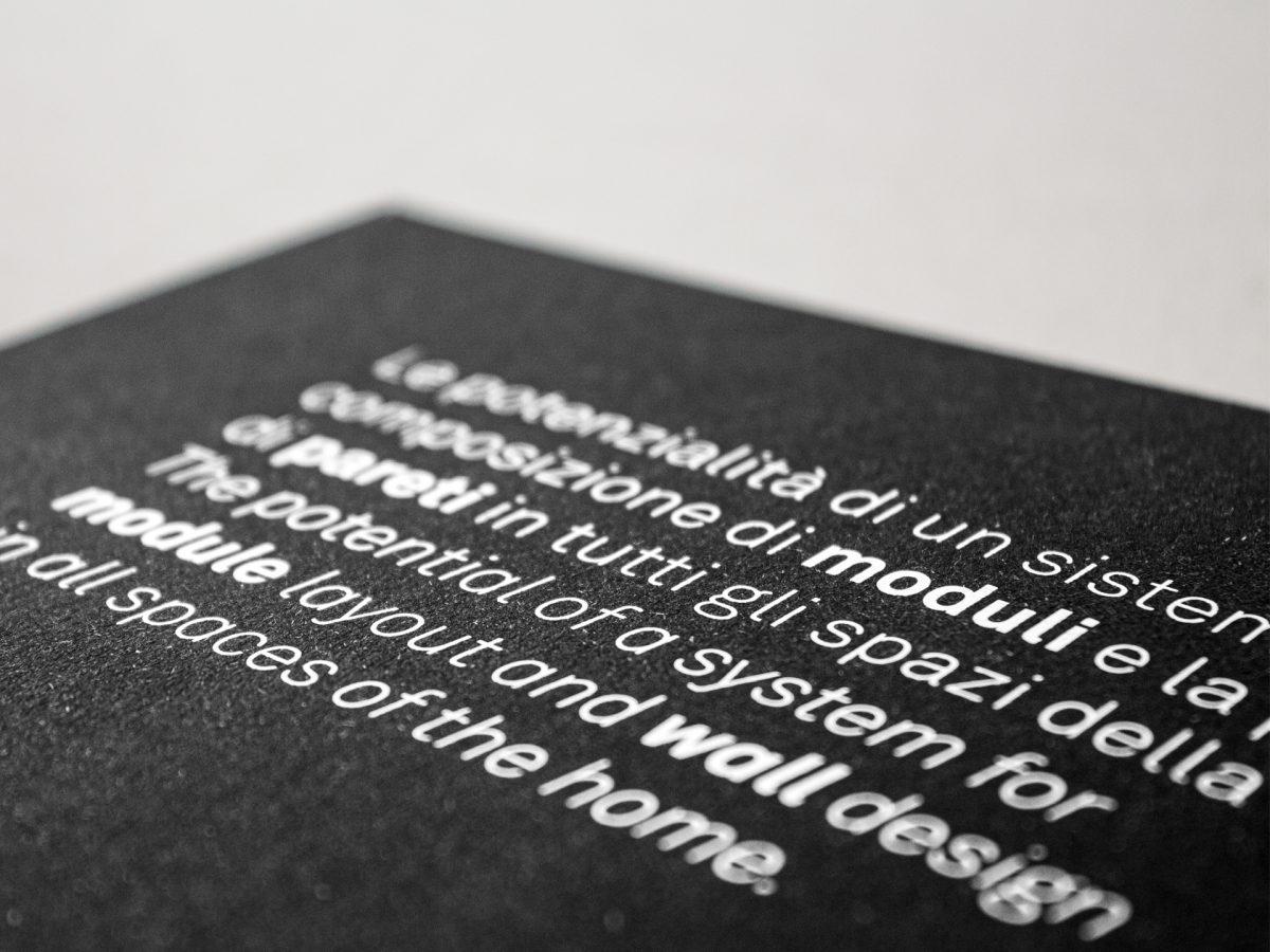 Foto di dettaglio della copertina del Vademecum Caccaro con testo in primo piano