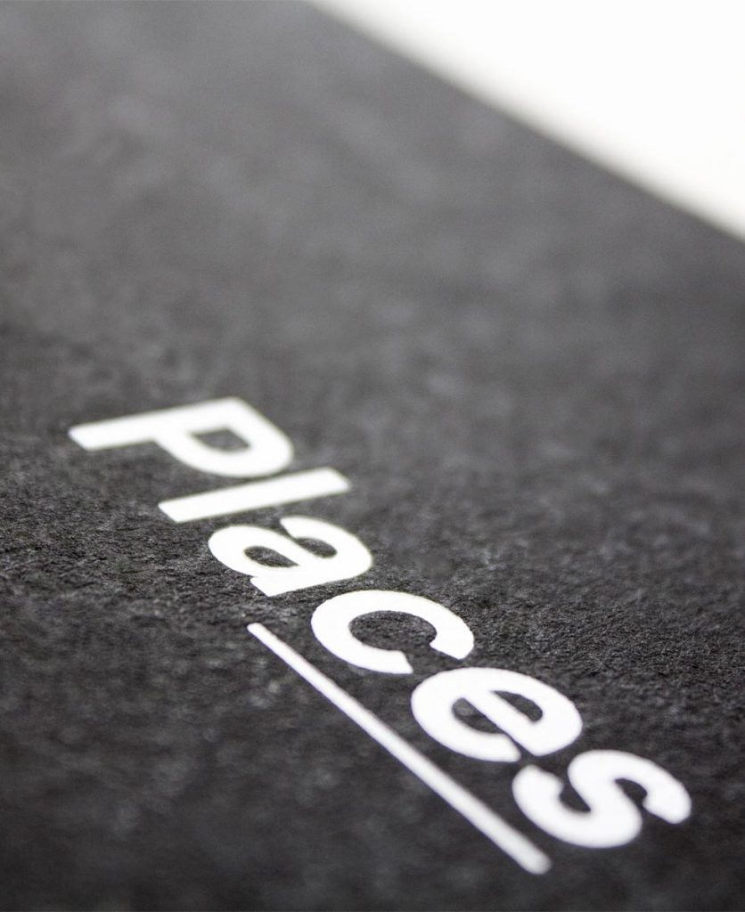Foto di dettaglio del titolo Places stampato in copertina